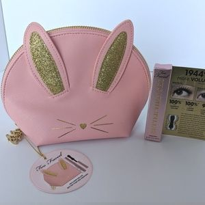 40321f9fd70 ... NWT Ltd Ed TOO FACED Bunny Cosmetic Bag   Mascara ...